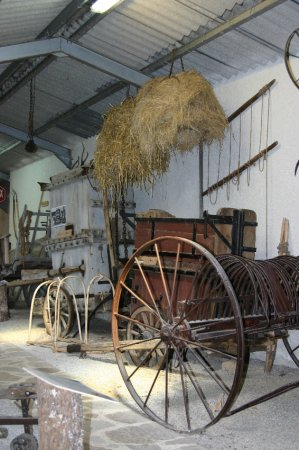 Un sentier de découverte parcour junior Musée de Rieumontagné à Nages